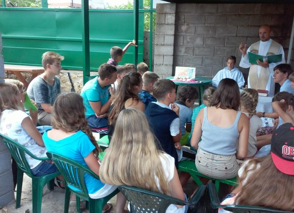 """""""HOLIDAYS WITH GOD"""": ACN Summer Camp offers Hope and Meaning"""