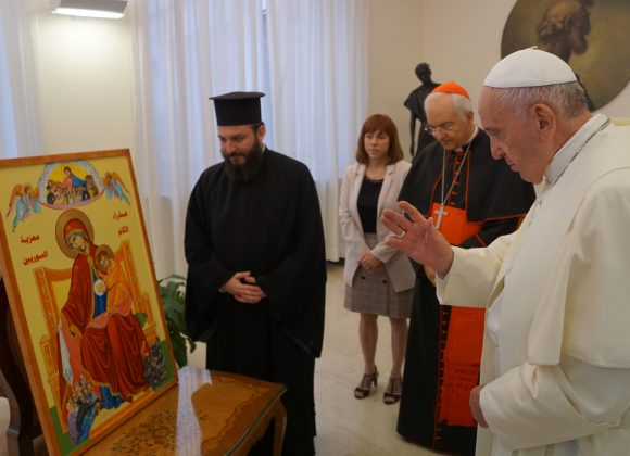POPE FRANCIS BLESSES ICON FOR ACN CAMPAIGN IN SYRIA